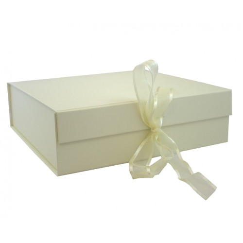 Ivory Gift Boxes | Magnetic Gift Boxes | Magnetically Sealed Gift ...