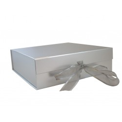 Keepsake Size Silver Magnetic Seal Gift Boxes - (300mm x 300mm x 90mm)