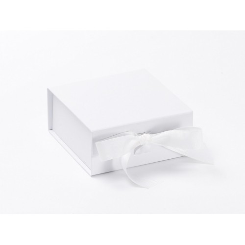 Small White Gift Boxes Magnetic Seal Gift Boxes Buy