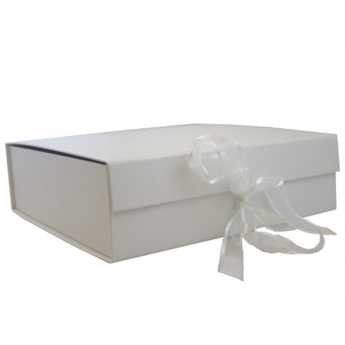 White Keepsake Gift Boxes Magnetic Keepsake Size Gift